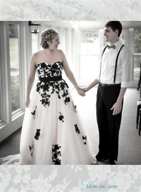 H1653 Beautiful Black And White Plus Size Wedding Dresses