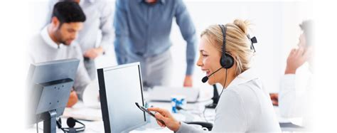 Call Service Desk by Help Desk Call Center