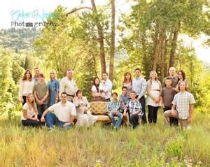 Backyard For Groups Best 25 Large Family Portraits Ideas On