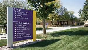 Retractable Wall directional signs on college university campuses are