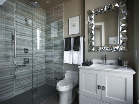 Hgtv Bathrooms Ideas Small Bathroom Decorating Ideas Bathroom Ideas Designs Hgtv Hgtv Bathroom Designs