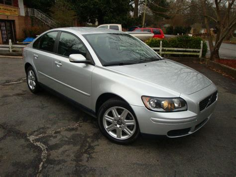 all car manuals free 2006 volvo s40 on board diagnostic system 2006 volvo s40 overview cargurus
