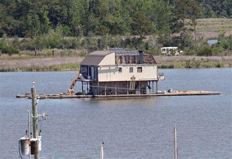 boat transport alabama 2 story house boat stuck in dog river al