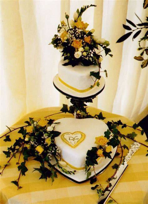 23 best images about Wedding Table Ideas on Pinterest