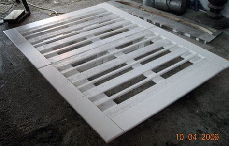 full size pallet bed full size quot pallet quot bed flickr photo sharing
