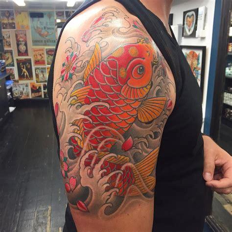 koi tattoo chris garver koi fish tattoo on right half sleeve for men