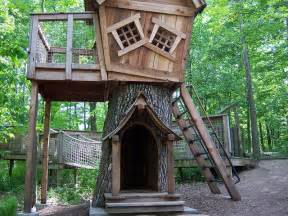 cool tree house by betty b via flickr home goods pinterest