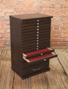 coin tray collection cabinet for 14 2 trays collector