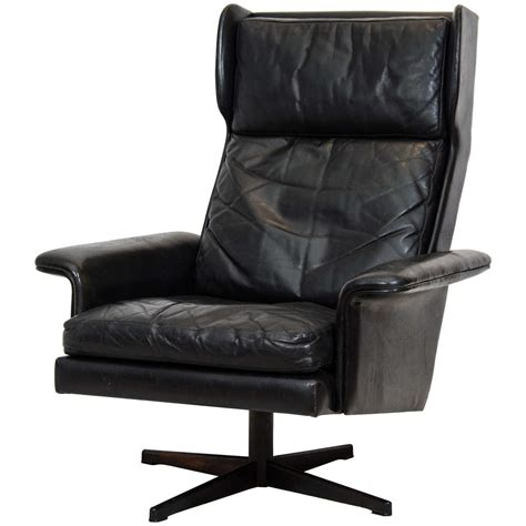 Swivel Wing Chair Design Ideas Wing Back Swivel Lounge Chair At 1stdibs