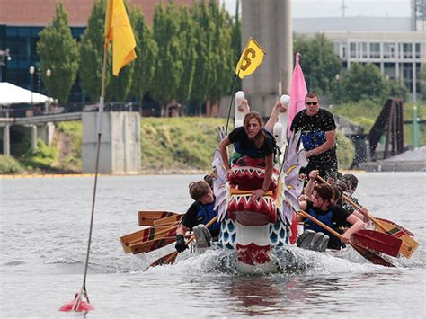 dragon boat festival 2018 nashville why you should try dragon boat paddling in portland this