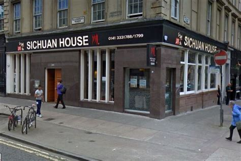 sichuan house blind man refused table at chinese restaurant because his guide dog was an