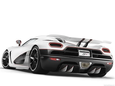 How Fast Is The Koenigsegg Agera R Fast And Furious Automobiles Koenigsegg Agera R