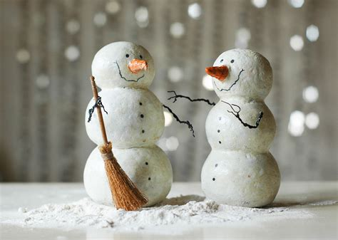 How To Make Paper Mache Snowman - lazar papier mache snowman family