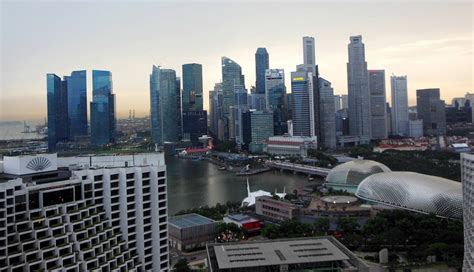 top  reasons    visiting singapore  world