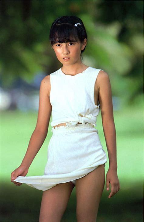 Yukikax Rika Nishimura Nude Office Girls Wallpaper
