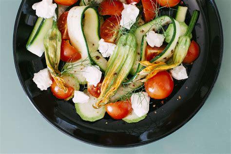 foto fiori di zucca insalata di fiori di zucca
