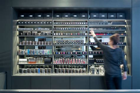 il makiage il makiage store academy by omy design beer sheva