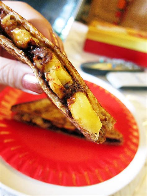 Shoon Fatt Lavish Peanut Butter Sandwich elvis s fried peanut butter and banana sandwich now with chocolate the sweet spot