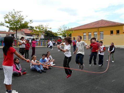 imagenes educativas juegos de patio los juegos de patio colegio manuel cacicedo