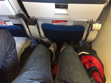 klm extra comfort seats review of klm flight from amsterdam to new york in premium eco