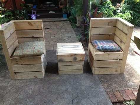 how to make a sectional out of pallets how to make patio furniture out of pallets best of how to