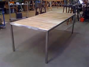 table en teck de jardin atelier de mainville distribution table de jardin en inox et teck