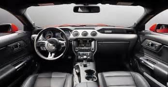 2017 ford mustang may get a convertible version