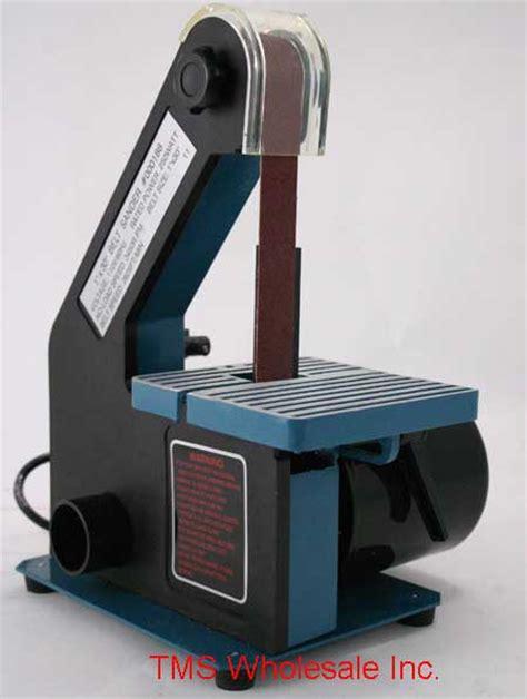 bench top belt sanders dealmonger a benchtop belt sander for 41 toolmonger