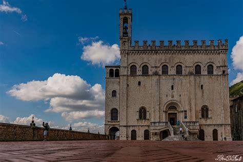 gubbio palazzo dei consoli gubbio piazza grande palazzo dei consoli l arca di noi 3