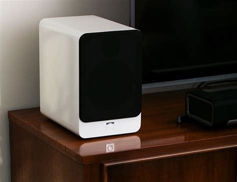 25 best ideas about bookshelf speakers on