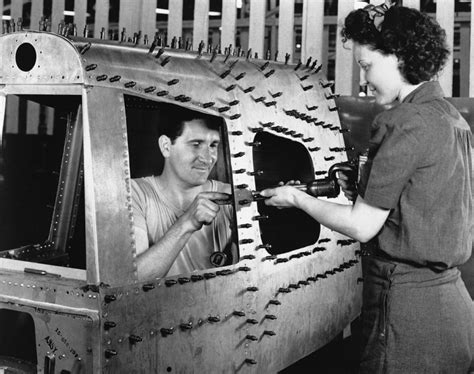 in the workforce wwii photos in war ny