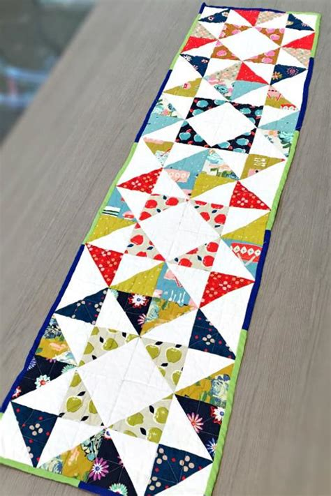 free table runner patterns free quilt pattern contemporary table runner