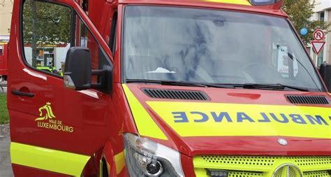 Lu Ambulance collision entre une voiture et une ambulance 224 luxembourg