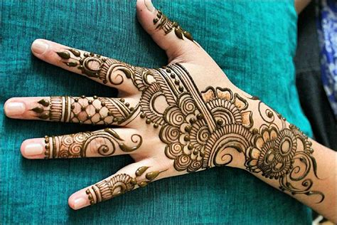 henna design dubai 41 dubai mehndi designs that will leave you captivated