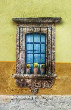persianas san miguel de allende 12 fachada de casa de pueblo ventanas guanajuato mexico