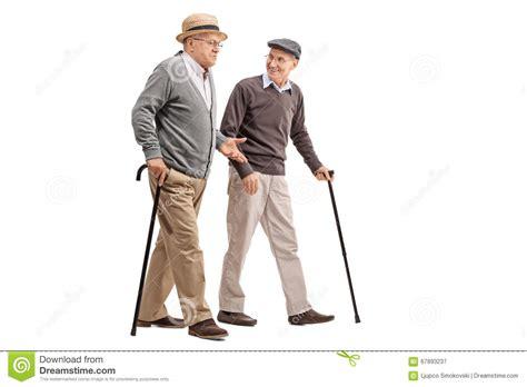 Zwei Herren Auf Englisch Anschreiben Zwei 228 Ltere Herren Die Miteinander Sprechen Stockfoto Bild 67893237