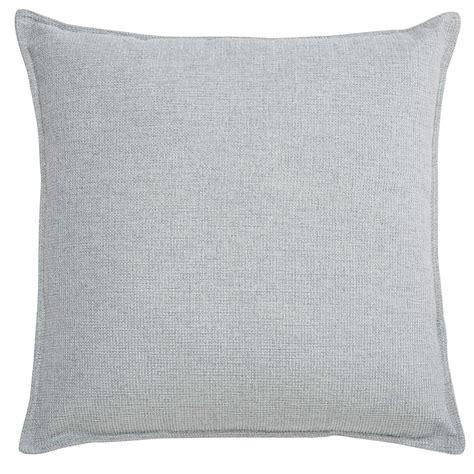 coussin gris clair coussin en tissu gris clair 45x45cm chenille maisons du monde