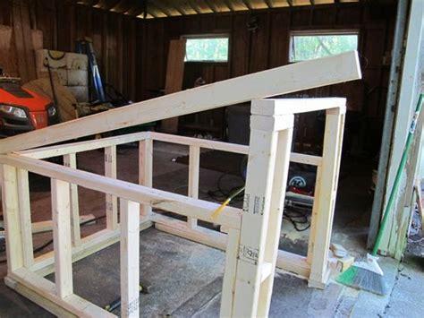 construct  modern slanted roof   diy dog house dogs pinterest dog houses