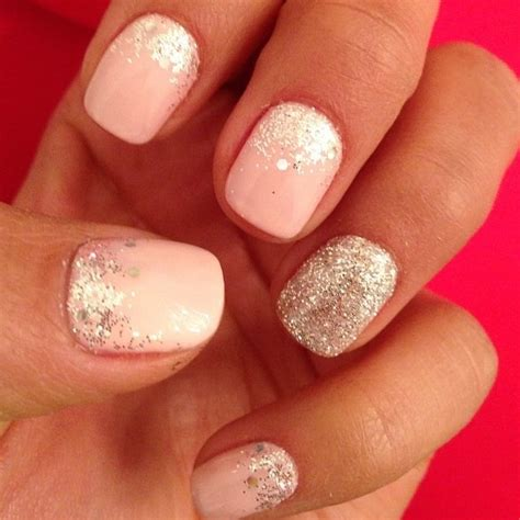 glitter nails pretty and on
