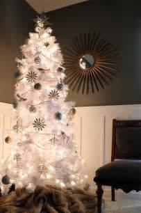 on christmas how to decorate a white christmas tree next