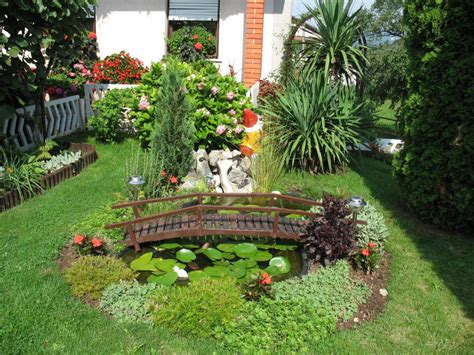 Designs For Small Gardens Ideas New Home Designs Modern Homes Garden Designs Ideas