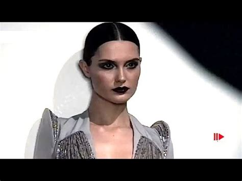 Pw 40 Chanel 2 georges hobeika fall winter 2010 2011 haute couture