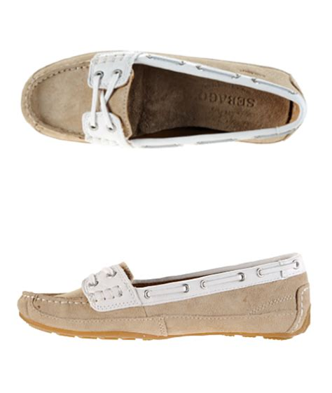 boat shoes kate middleton kate middleton s sebago bala boat shoes in taupe suede