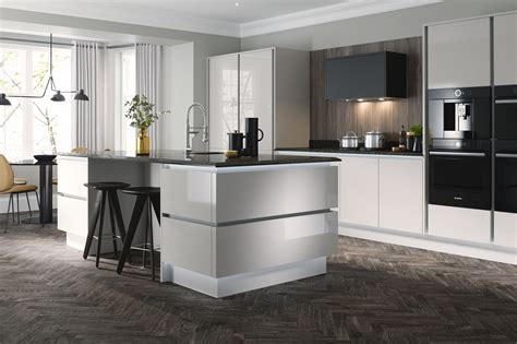ultra kitchen in cloud wren kitchens