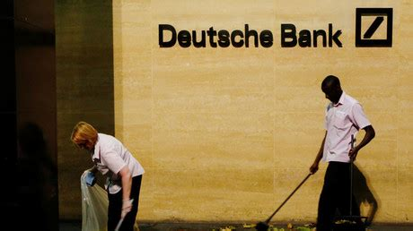 deutsche bank bonus deutsche bank wants to claw back bonuses from ex ceo s