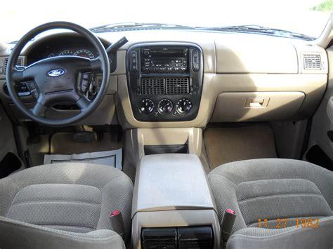 2002 Explorer Interior by 2002 Ford Explorer Pictures Cargurus