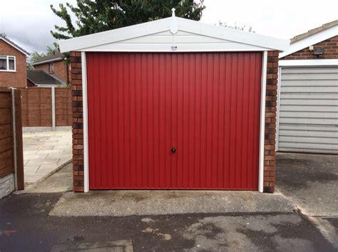Apex Overhead Doors Apex Garage Supplied With Coloured Door To Match House Door White Buildings