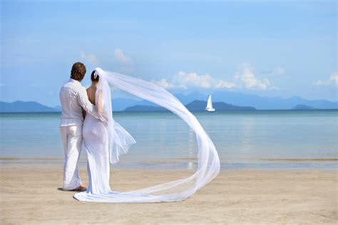 are weddings abroad expensive weddings abroad becoming increasingly popular