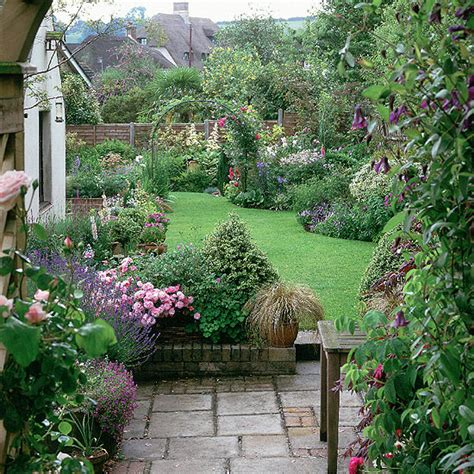 cottage garden style cottage garden on country