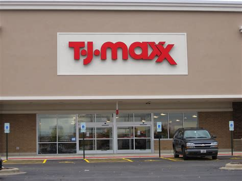 tj maxx t j maxx opens today in tinley park southland savvy